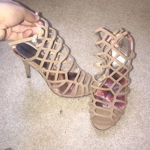 Shoes - Madden girl High heels